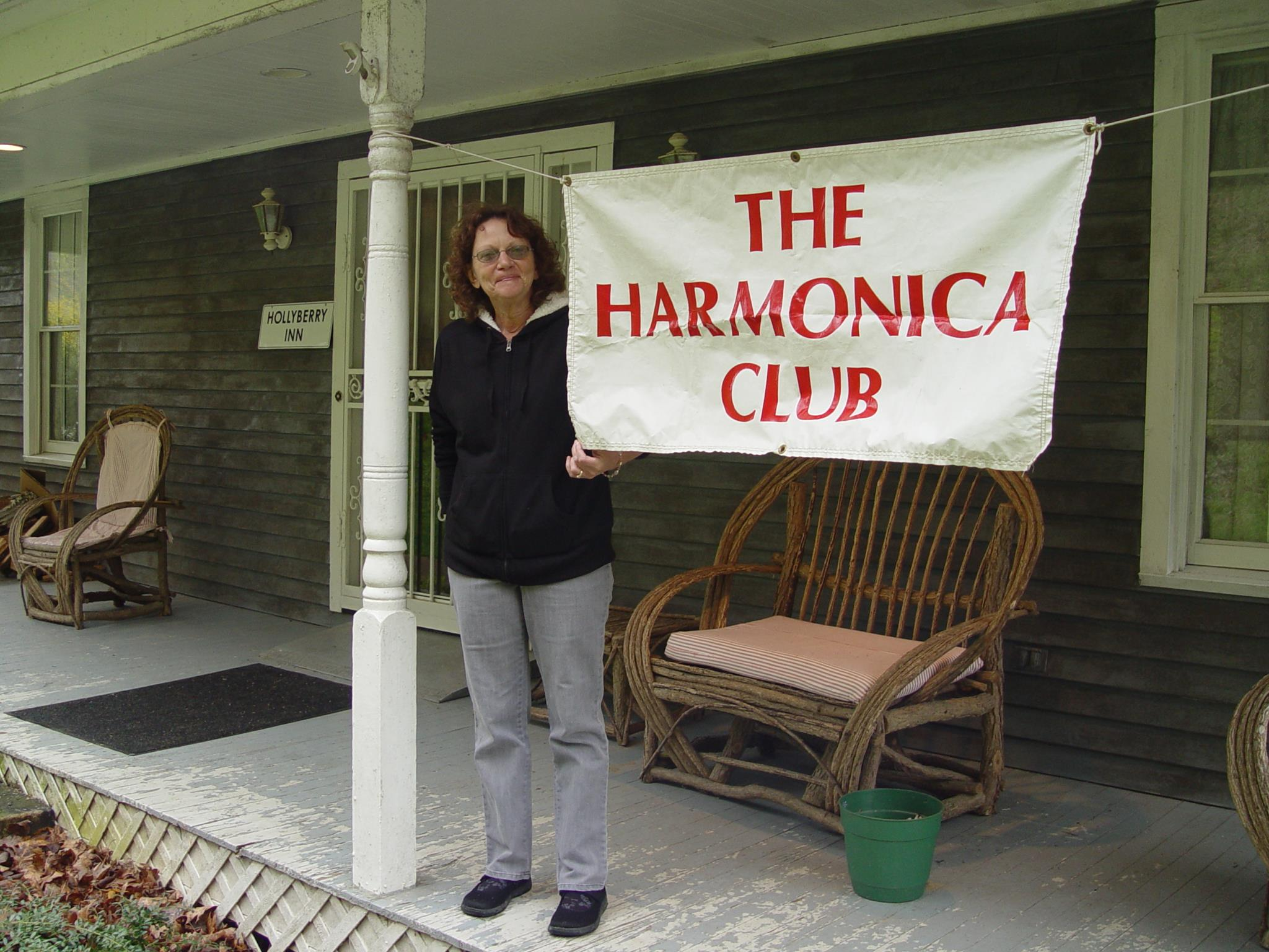 when you see the HAMONICA CLUB sign, you know your'e there
